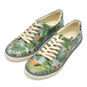 DOGO vegan shoes